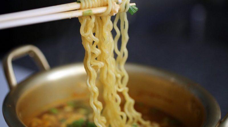 5 Makanan untuk Teman Nonton Film di Rumah