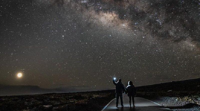 5 Tips Melihat Bintang di Mauna Kea Puncak Gunung Tertinggi
