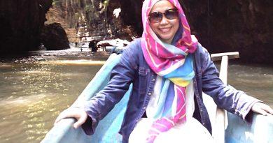Umi Kalsum, Pemilik 9 Situs Wisata Indonesia