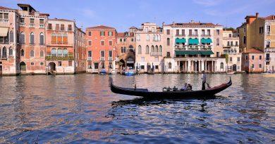 5 Tips Hemat Wisata Venezia