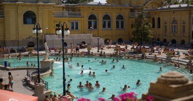5 Pemandian Air Panas Hits di Hungaria
