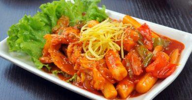 5 Tempat Makan Tteokbokki Paling Enak di Jakarta