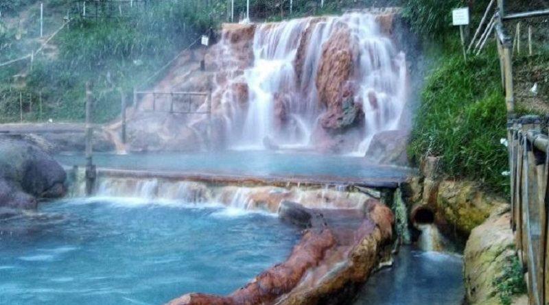 5 Pemandian Air Panas di Bandung Bikin Relax Banget