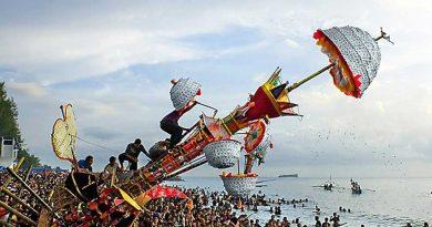5 Tradisi Unik di Indonesia