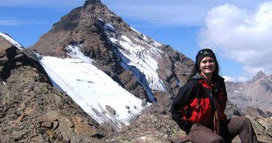 Kisah Medina Kamil Terdampar di Pulau Kosong Papua